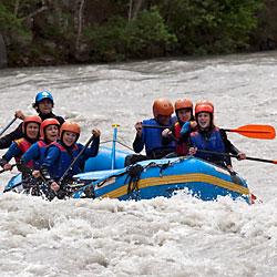 Teamevent und Teambuilding Rafting Wildwasser Einsteiger Tirol
