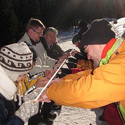 Teamevent und Teambuilding Schneeschuh Tour Winter