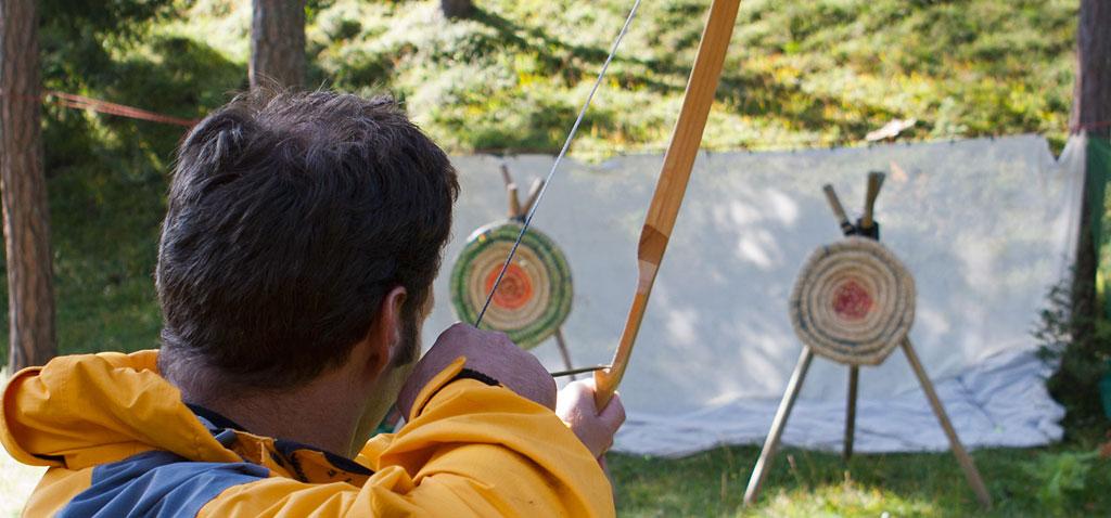 Abseilen und Bogenschiessen als Teamevent Modul für Ihre Tagung