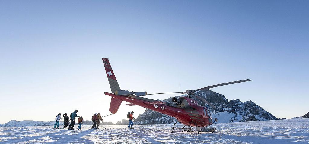 Helikopter Skiing als Teamevent in der Schweiz