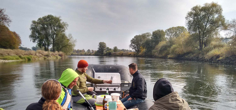 Softrafting Flossfahrt auf der Donau als Teamausflug